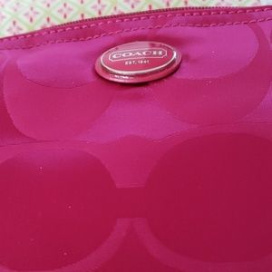 COACH FOLDABLE PACKABLE TOTE IN SMALL ZIPPER POUCH